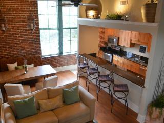 Loft on Congress at City Market! SVR 00305 - Savannah vacation rentals