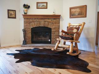 LUXURY, Brand New Cabin, Walk to lake and Sledding - Big Bear City vacation rentals