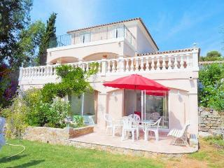 Cozy 2 bedroom Apartment in Saint-Aygulf - Saint-Aygulf vacation rentals