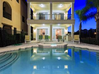 Reunion Palace - 8 Bed, 7 bath with 2 Game Rooms Luxury Reunion Villa - Central Florida vacation rentals