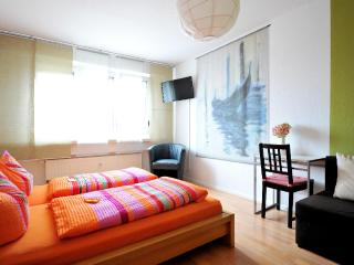 Vacation Apartment in Leipzig - 549 sqft, centrally located, breakfast available, stylishly decorated,… - Leipzig vacation rentals