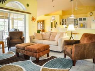 Living Room - Wren St, 680 - Marco Island - rentals