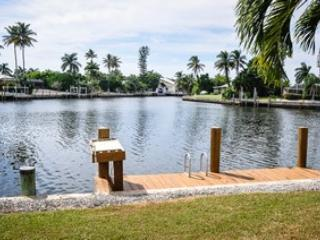 Wide Water View - Willow Ct, 770 - Marco Island - rentals