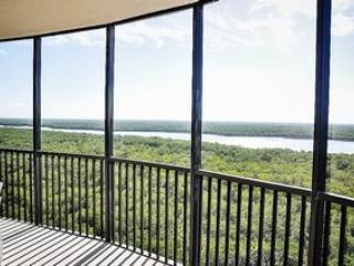 3 bedroom House with Internet Access in Naples - Naples vacation rentals