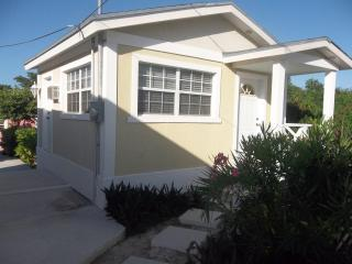 The colonial rental suite,Moss town exuma - The Exumas vacation rentals