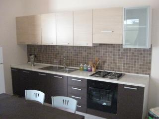 Erasippe Residence - Appartamento Eutimo - Locri vacation rentals