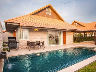 La Ville Grande Pool Villa A69 3Bed inc. breakfast - Ban Chang vacation rentals
