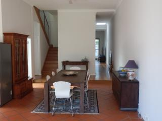 Park Side Beauty 3 bedroom House - Bondi - Annandale vacation rentals