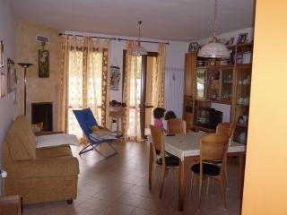 appartamento  vicino GUBBIO x visitare l'UMBRIA - Gualdo Tadino vacation rentals