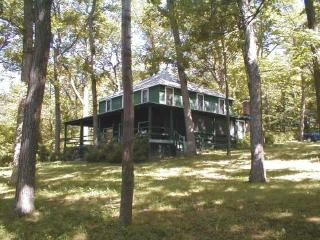 Private Canandaigua Lake Cottage 200 ft lakefront - Pittsford vacation rentals