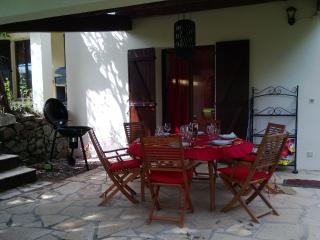 2 bedroom House with Internet Access in La Napoule - La Napoule vacation rentals