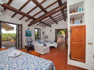 Bright 4 bedroom Villa in Campo nell'Elba - Campo nell'Elba vacation rentals