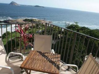 RioBeachRentals - Amazing Ocean Views - #250A - Rio de Janeiro vacation rentals
