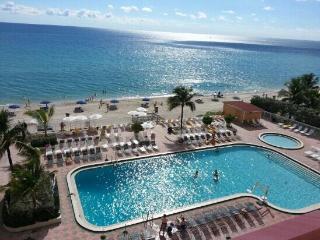 Direct Oceanfront Studio, Modern Design & Balcony - Sunny Isles Beach vacation rentals