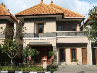 Villa Jepun - Kuta - Private Plunge Pool - 5 Bedro - Bali vacation rentals