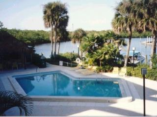 Beautiful Condo on the Gulf of Mexico in Naples - Naples vacation rentals