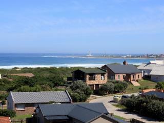 Cape St Francis Modern. FREE Wifi. Beautiful views - Eastern Cape vacation rentals