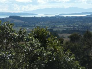 Auckland Country Cottages - Tui Cottage - Clevedon vacation rentals