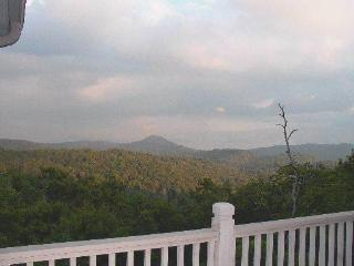Top of the WORLD privacy + Mountain Views, WiFi, - Highlands vacation rentals