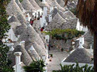 Appartment in the heart of the trulli centre - Alberobello vacation rentals