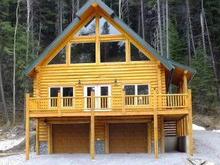 3 bedroom Chalet with Deck in Blairmore - Blairmore vacation rentals