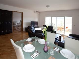 Two-Bedroom Apartment with Terrace and Sea View - Okrug Gornji vacation rentals