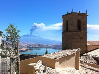 """Case al Borgo-Agira-Home Relais """"CASA D.SICULO"""" - Agira vacation rentals"""