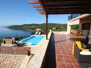 15% FIRST MINUTE seafront luxury villa RISING SUN,6+2, pool, 40m seaside area - Sivota vacation rentals