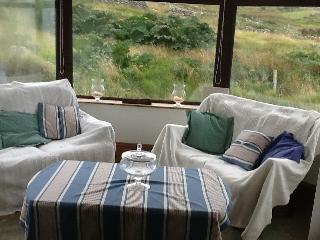 Bright 4 bedroom Brinlack Bungalow with Microwave - Brinlack vacation rentals