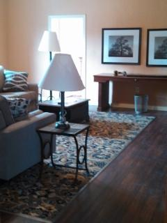 1800s Mansion on WONDERFUL small town's Square - Mount Pleasant vacation rentals