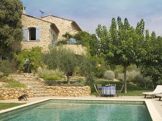 Gorgeous House with Private Outdoor Pool and DVD Player - Saint-Antonin-du-Var vacation rentals