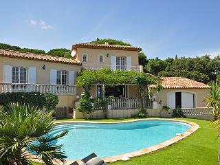 Charming House with Private Outdoor Pool and Private Outdoor Pool - Saint-Maxime vacation rentals