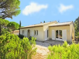 2 bedroom House with Private Outdoor Pool in Vidauban - Vidauban vacation rentals