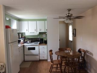 SunKissed Cottage!Includes a Golf Cart - Surfside Beach vacation rentals