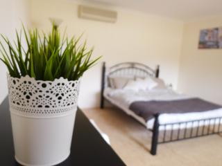 Centralize location.. Close to CBD and Fremantle - Canning Vale vacation rentals