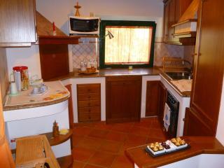 Il Poggetto, Villetta di campagna con piscina - Sant'Angelo in Vado vacation rentals