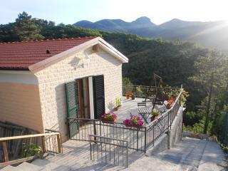 Italiy, Riviera Ligure LA CASETTA DI ALICE - Casarza Ligure vacation rentals