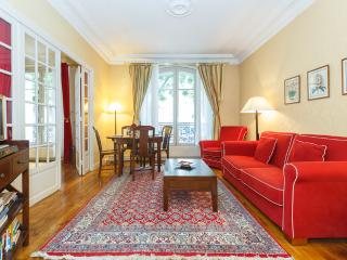 Clair de Lune- a two bedroom apartment-Montmartre - Paris vacation rentals