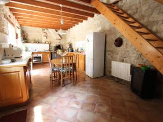 Close to Paris in Andresy, fully renovated stone house with garden - Montfort-l'Amaury vacation rentals