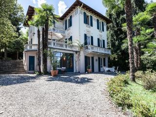 Stresa romantic period villa - Lesa vacation rentals