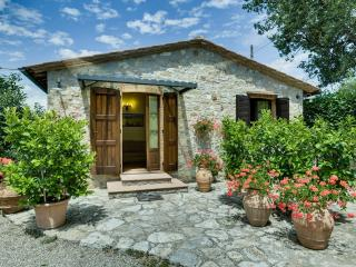 2 Bedroom Stone Cottage Rental in Chianti Countryside - Castellina In Chianti vacation rentals