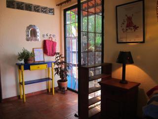 Casa Del Pozo: Studio Apt 8 Mins fr/ Teatro Juarez - Guanajuato vacation rentals