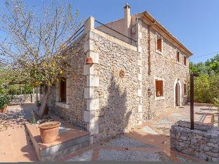 Charming Villa in the village of Buger - Buger vacation rentals