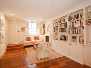 Cozy 2 bedroom House in Woollahra - Woollahra vacation rentals