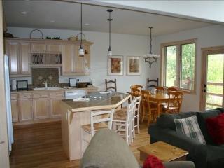 EN402 Ranch at Eagles Nest 3BR 4BA - Silverthorne - Silverthorne vacation rentals