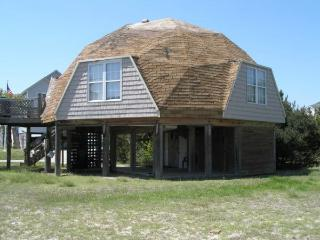 Beach Bungalow 200yards to private beach - Outer Banks vacation rentals