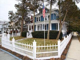 4 bedroom House with Deck in Asbury Park - Asbury Park vacation rentals