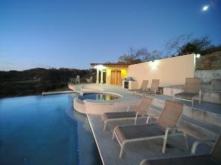 New Ocean View Villas Catalina Townhome Walk-Beach - Central Valley vacation rentals