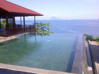Your dream villa on the beach ! ( Manado Bunaken ) - Sumatra vacation rentals
