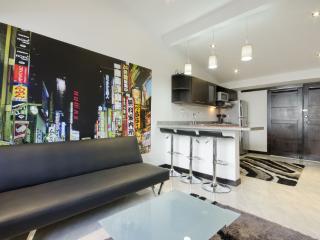 Poblado Suites - Tokyo Suite - Medellin vacation rentals